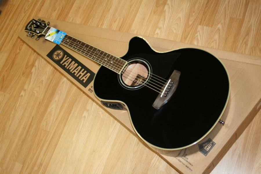 yamaha-acoustic-guitar