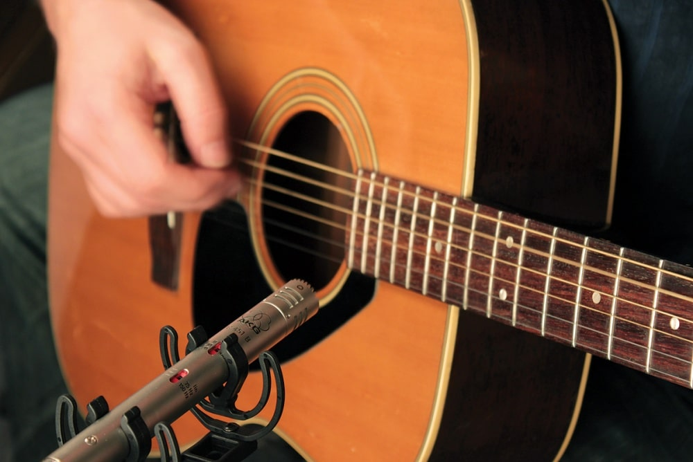 prepare-to-learn-to-play-guitar-1